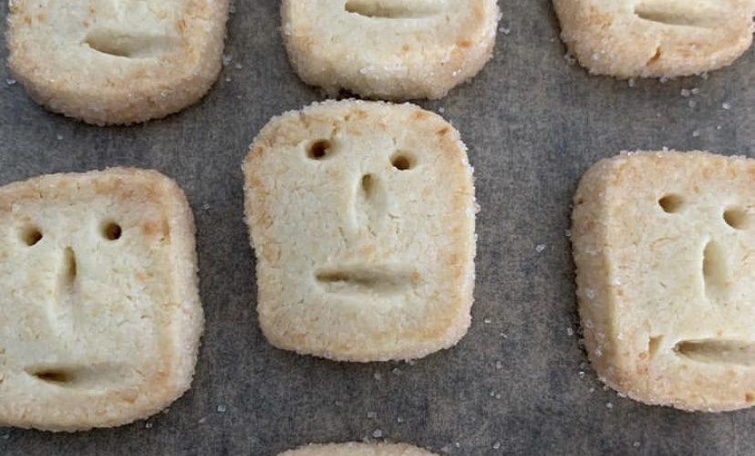 ココナッツクッキーのツトムくん!
