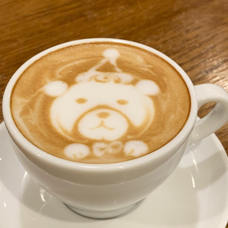 もうすぐクリスマスだーーおはようございますFIKACOFFEEエリカです^ ^もうすぐクリスマスですよーFIKACOFFEEは24日も25日も20時までの営業ですそして今年の営業は29日の18時までとなってます️FIKA COFFEE(フィーカ コーヒー)福岡県福岡市博多区下川端町3-1 博多リバレイン1FTEL0922926601営業時間→平日9:00〜20:00  土日祝9:00〜18:00店休日→不定休(早く閉めたり休んだりすることもあります。お許しください)#cafe#coffee#fika#fikacoffee#福岡#福岡グルメ#福岡カフェ#博多#博多カフェ#中洲#博多座#福岡アジア美術館#クッキー#福岡クッキー#cookie#くまチョコミルク#ランチ#ティラミス#フレンチトースト#ummp#うむぷ#あふれる想い
