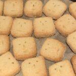 ツトムのココナッツクッキー焼けたよ️❤️